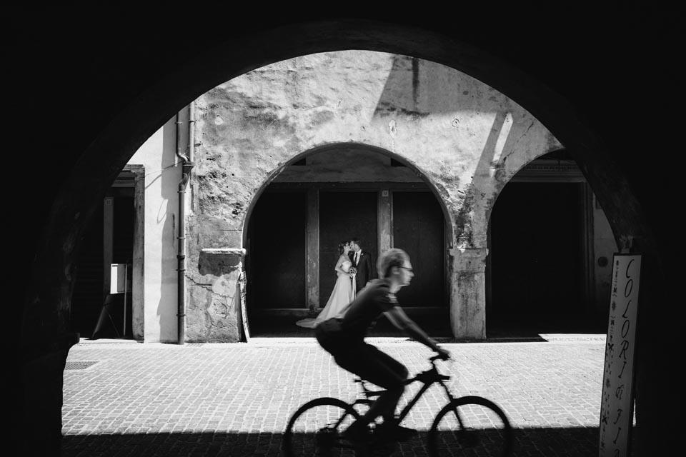 Irene e Paolo sposi-Wedding reportage-Renato Zanette Fotografo Matrimonio Treviso Veneto-Portici Serravalle