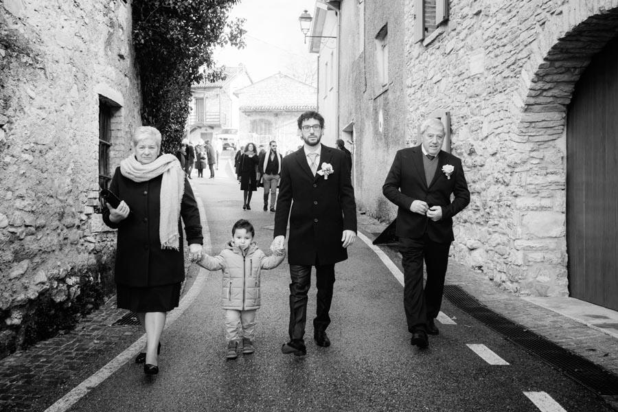 Silvia e Massimo sposi-Wedding reportage-Renato Zanette Fotografo Matrimonio Treviso-Revine Lago-Tarzo-metà famiglia