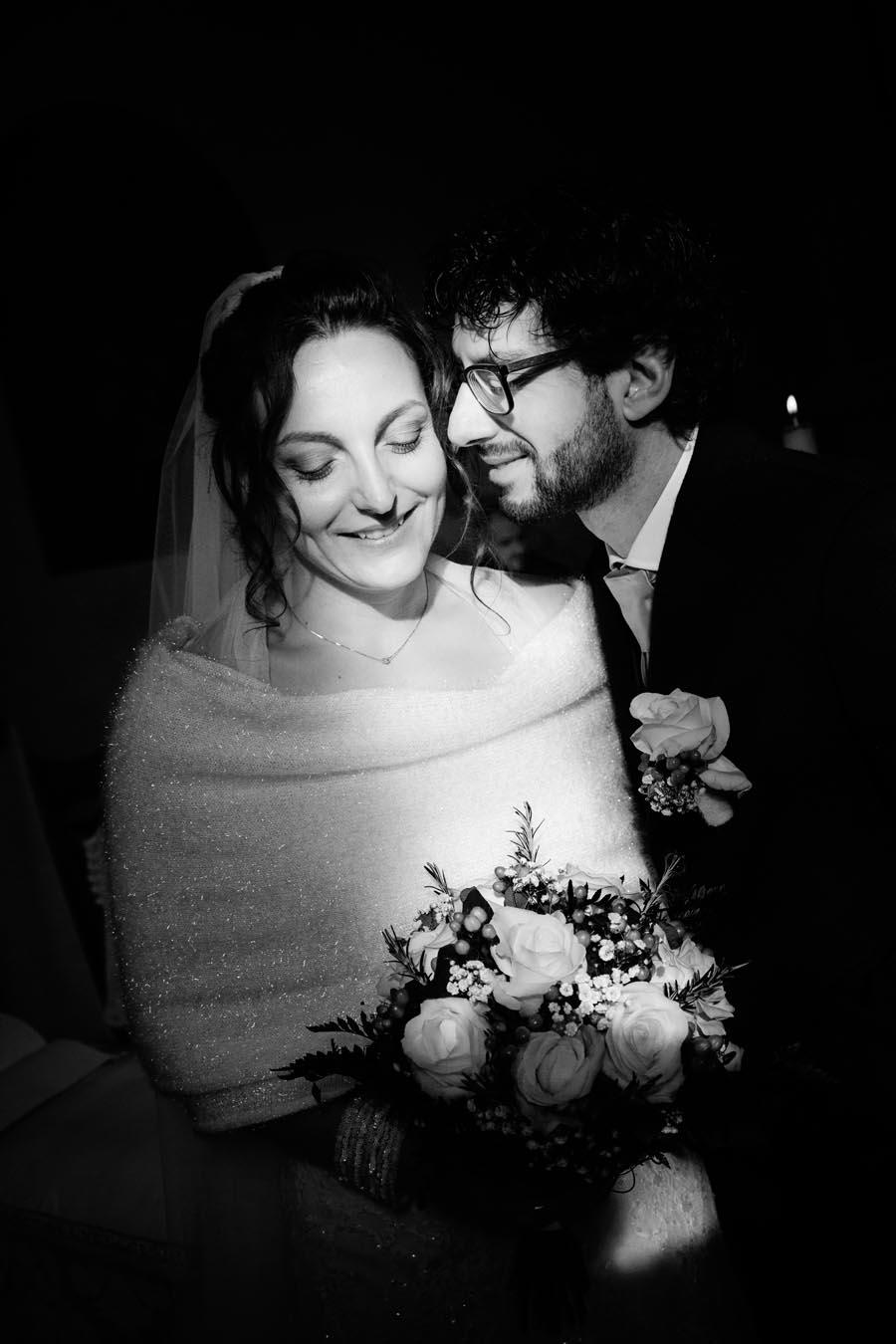 Silvia e Massimo sposi-Wedding reportage-Renato Zanette Fotografo Matrimonio Treviso-Revine Lago-Tarzo-due in uno spicchio di luce
