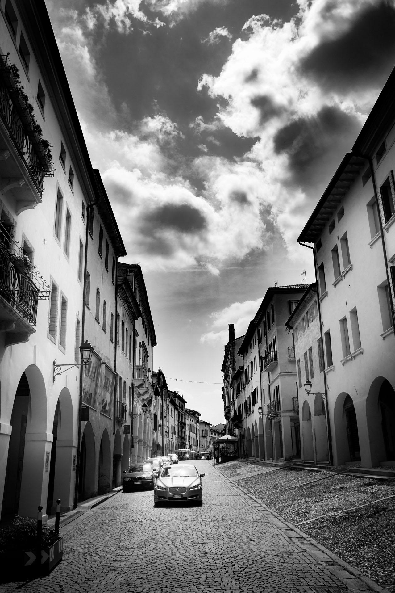Jessica-Jason-Via-XXsettembre-Weddingdestination-Storytelling-Renato-Zanette-Fotografo-Convento-San-Francesco-Conegliano-Treviso-Veneto