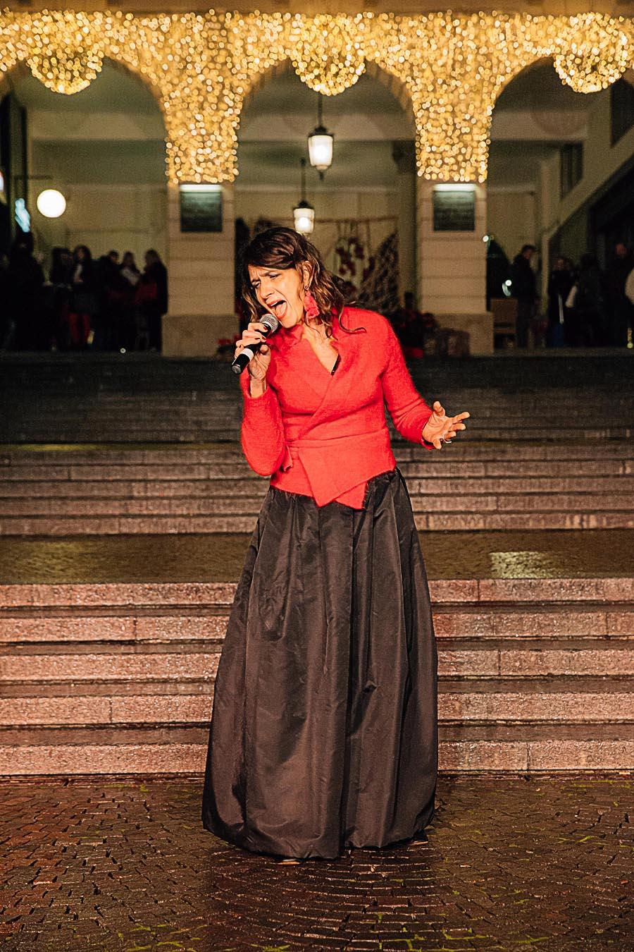 Renato Zanette fotografo per eventi storytelling Cipria Show no alla violenza sulle donne Giorgia Caimmi