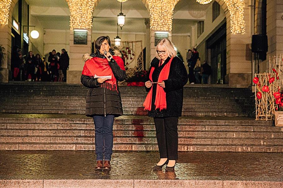 Renato Zanette fotografo per eventi storytelling Cipria Show no alla violenza sulle donne Cristina Bortot e Paola Pagotto