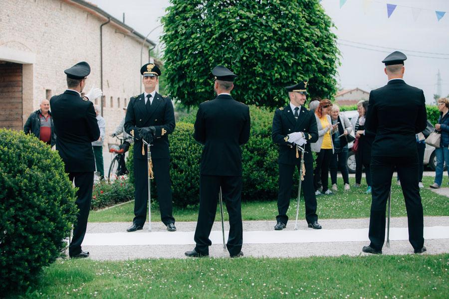 Elena e Matteo sposi-Wedding reportage-Renato Zanette Fotografo Matrimonio Treviso Veneto-Falzè di Piave-riposo