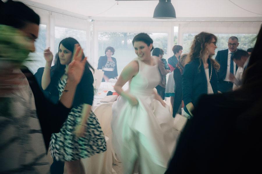 Elena e Matteo sposi-Wedding reportage-Renato Zanette Fotografo Matrimonio Treviso Veneto-la Cucina di Crema-Giavera del Montello-festa