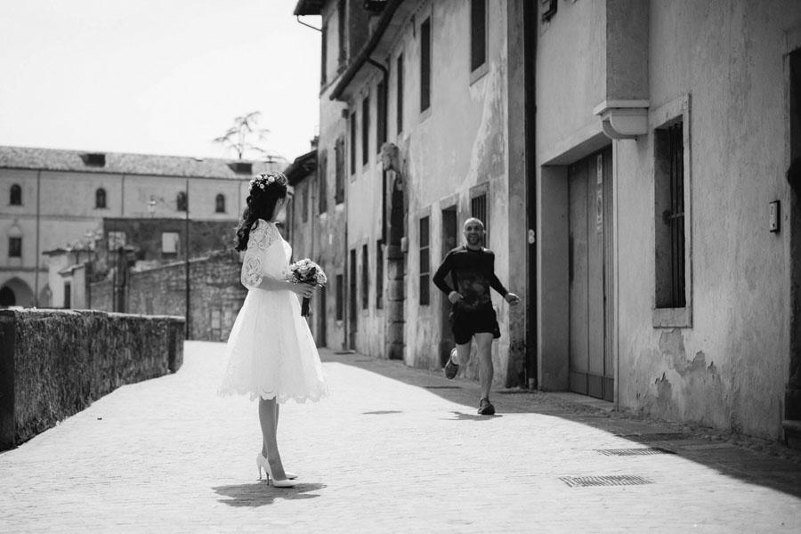 Karina e Alessandro sposi-Wedding reportage-Renato Zanette Fotografo Matrimonio Treviso-Vittorio Veneto-sposa elegante-Serravalle-Locanda da Lino