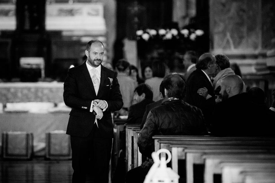 Silvia e Michele sposi-Wedding reportage-Renato Zanette Fotografo Matrimonio Treviso-Vittorio Veneto-Serravalle-attesa