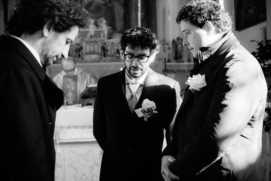 Silvia e Massimo sposi-Wedding reportage-Renato Zanette Fotografo Matrimonio Treviso-Revine Lago-Tarzo-chiacchere