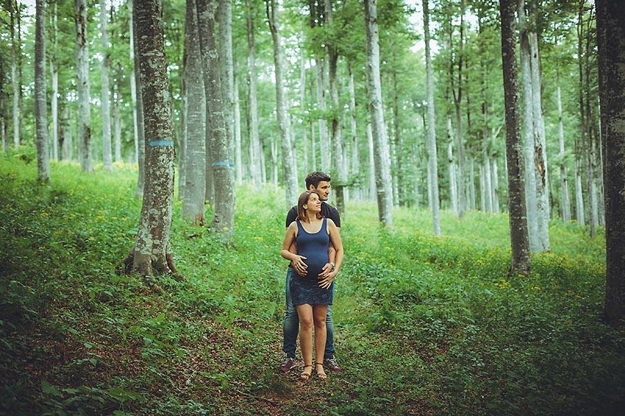 Renato_Zanette_Fotografo_Vittorio_Veneto_Samuela_Carlo_Insieme_Pregnancy_Modherhood_Foresta_del Cansiglio_Noi