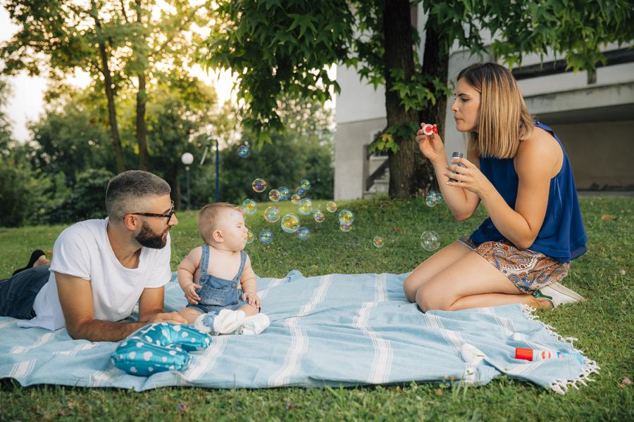 Renato_Zanette_Fotografo_Vittorio_Veneto_Ritratto_Di_Famiglia_Family_Portrait_Bolle_Di_Sapone